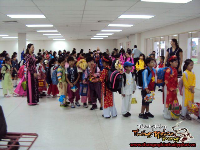Múa Trung Thu trường Khai Sáng